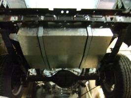 Tank wird auf Kunststoff umgebaut_8